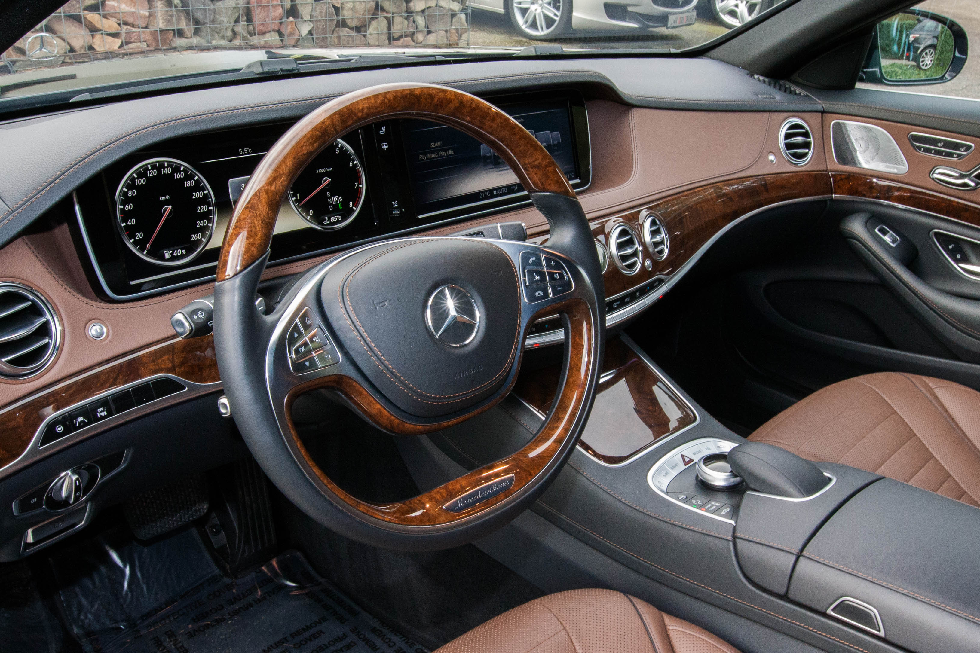 Mercedes s 500 l amg styling auto advance for Mercedes s interieur