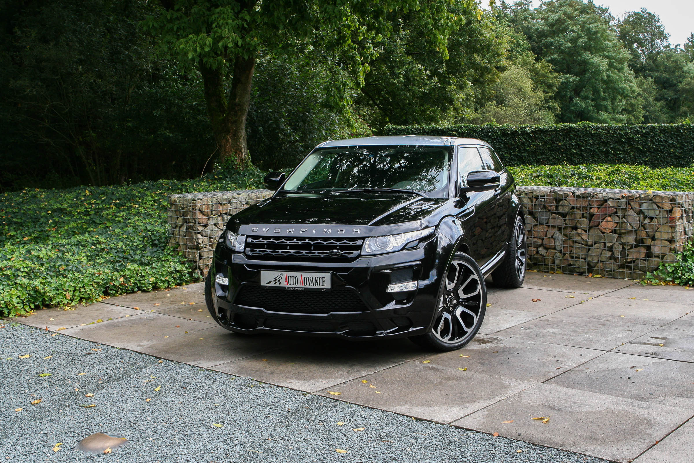 the gallery for range rover evoque coupe custom. Black Bedroom Furniture Sets. Home Design Ideas